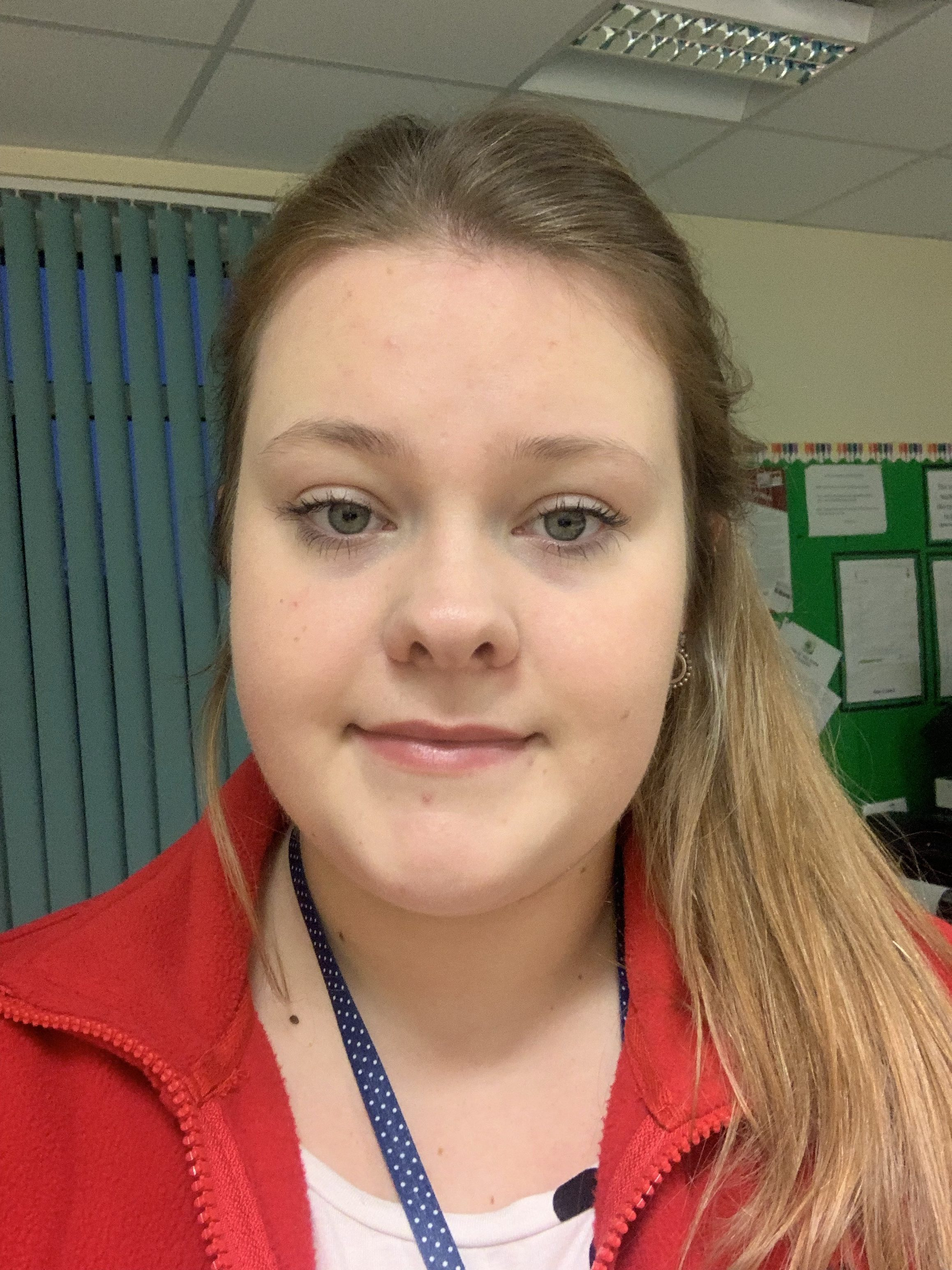 Miss R Bowes - Apprentice Teaching Assistant